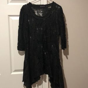 S- FirmianaLily Black Tunic
